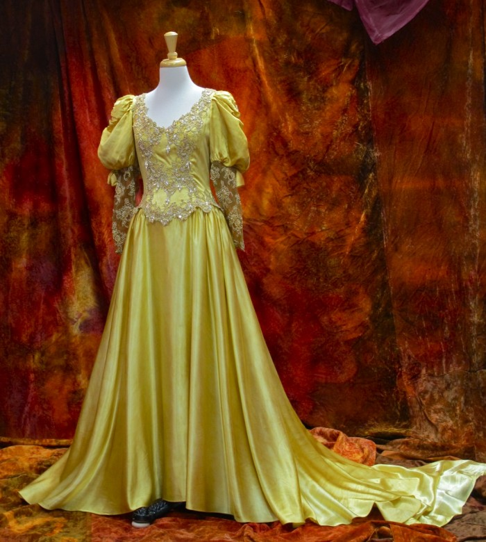 ROMANCE BRIDAL GOWN IN PALE GOLD